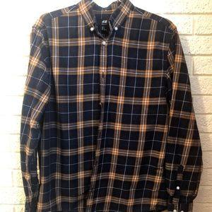 H&M men's flannel shirt. Med. EUC.
